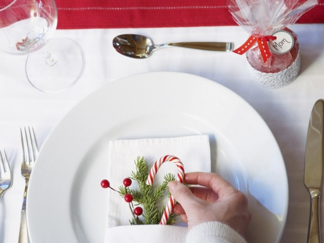 adorable_20_christmas_table_decorations-640x480