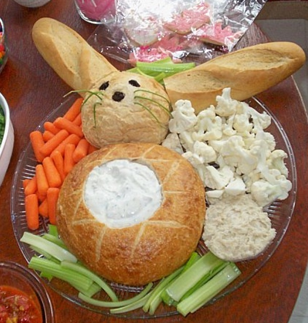 veggie-delights-easter-decor