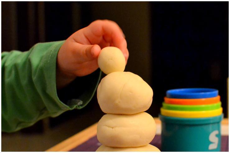 an easy homemade gluten free playdough3