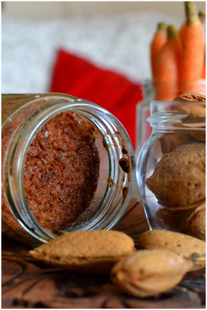 carrot and almond cake in a jar4