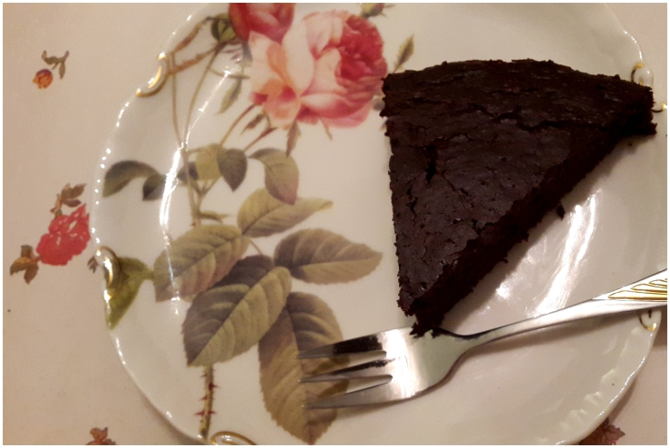 easy & healthy chocolate cake2