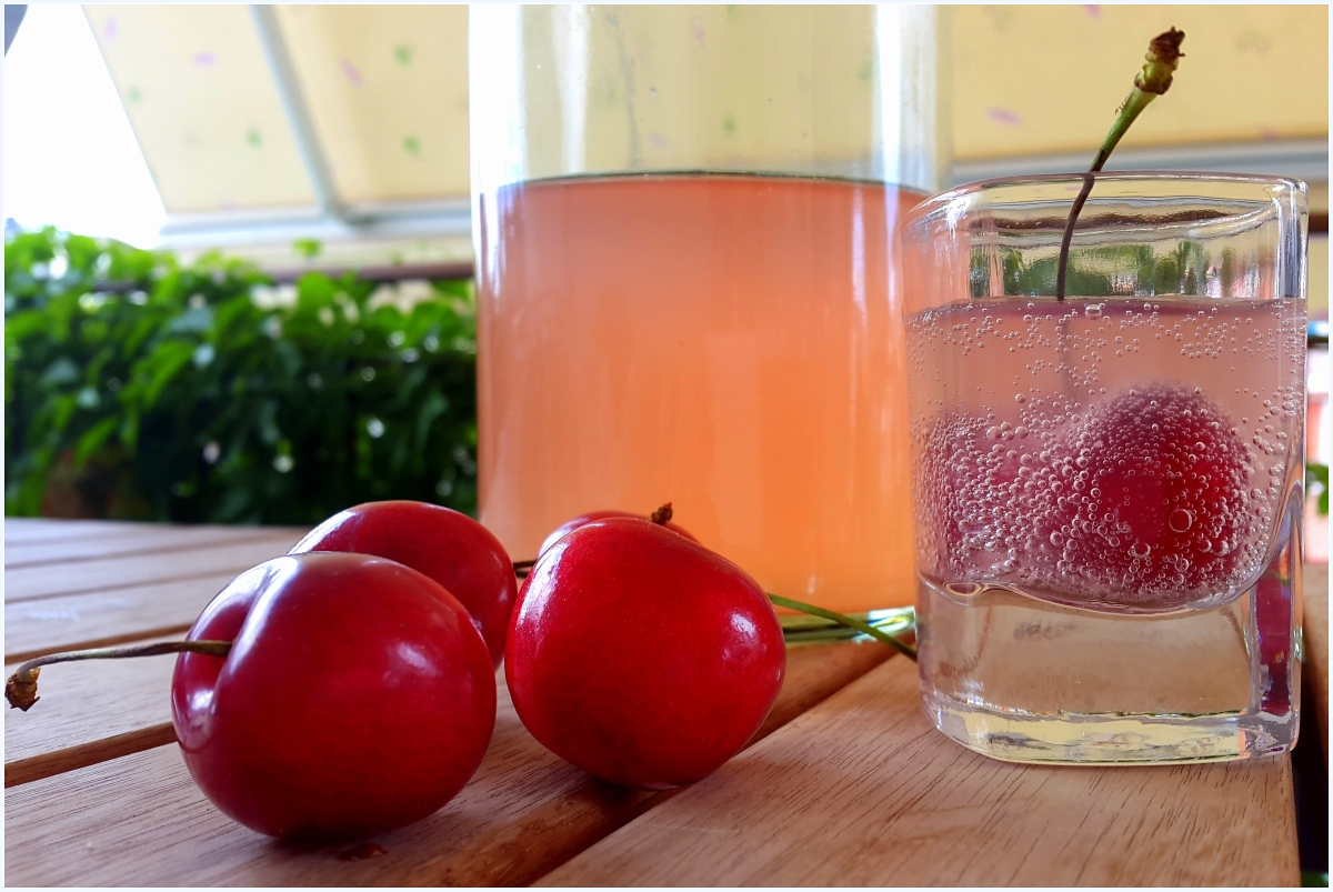 Cherry Flavored Probiotic-Rich Water Kefir Soda