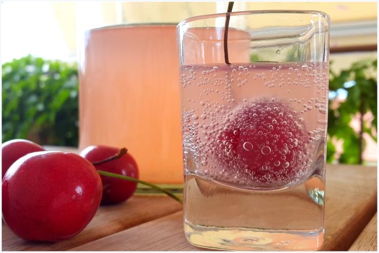 cherry flavoured water kefir soda2