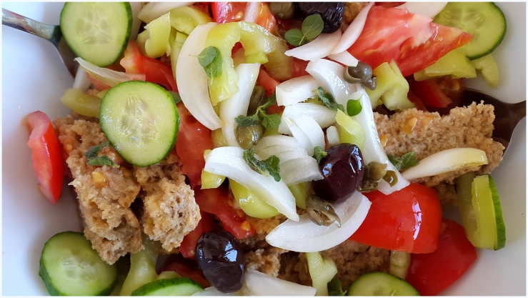 greek summer salad1