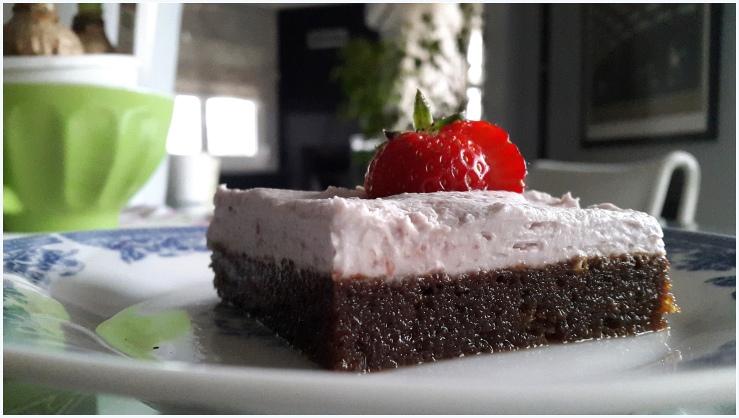 strawberry cream cake2