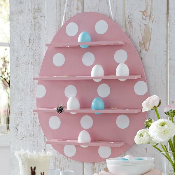 Idées-de-bricolage-de-Pâques-Les-idées-de-décoration-dartisanat-cuisson-des-oeufs-de-rack-fleurs-blanches