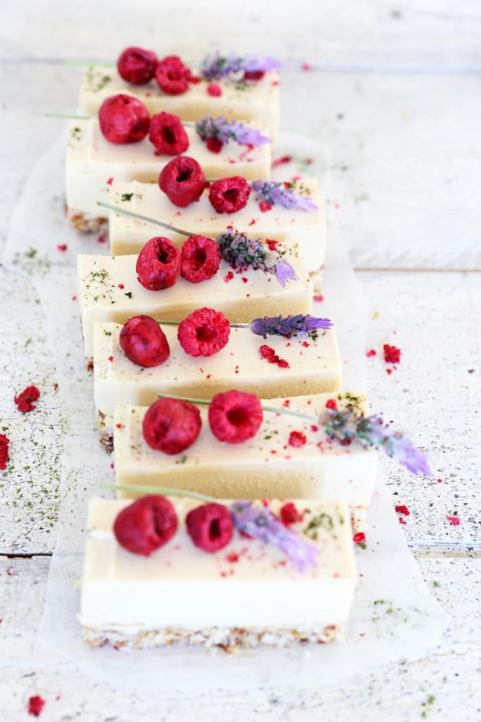 Lemon-cheesecake-slice-071aw-683x1024.jpg