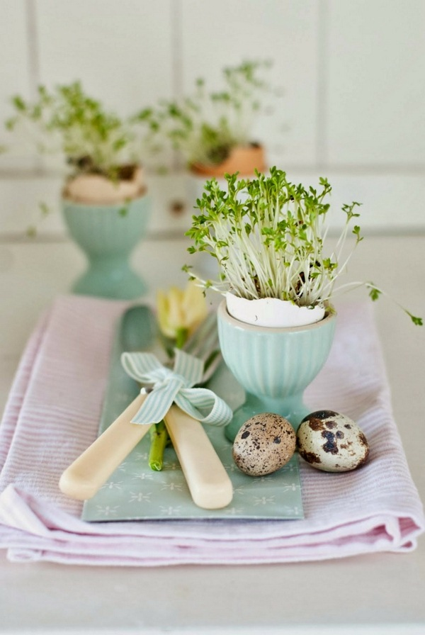 Pâques-idées-de-décoration-dartisanat-Tischdeko-do-it-yourself-verres-branches-oeufs-Pebble