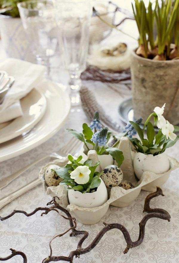 Pâques-idées-de-décoration-dartisanat-Tischdeko-font-it-yourself-de-tulipes-oeufs-de-Pâques-des-oeufs-ruban-de-tissu