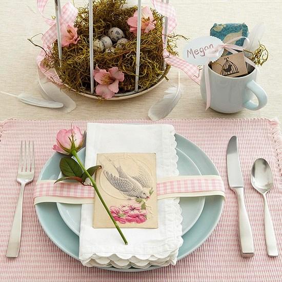 table-paques-deco-couleurs-pastelles