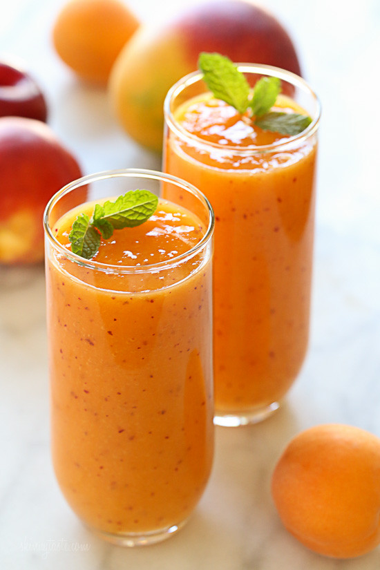 SummerMangoStoneFruitSmoothie-550x825