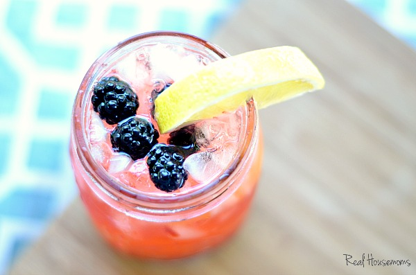 Tequila-Blackberry-Lemonade_post.jpg
